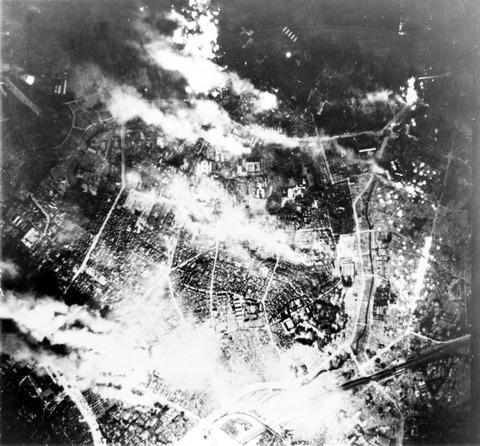 Firebombing_of_Tokyo