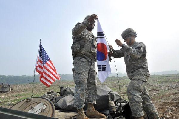 「韓国人は恩知らず」「米軍撤収して放っておこう」=韓国の殴る、暴言を吐く反米軍デモに大きな反響を呼び米国人がブチ切れwwwwwwwwwwwwwwwwwwwwwwwwwww