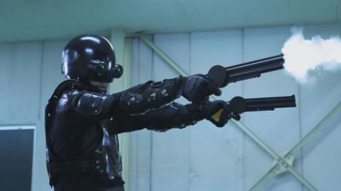 【朗報】警察の拳銃の一発目が空砲、デマだったwwwwwwwwwwwww