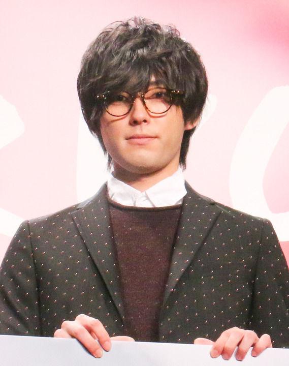 """増田俊樹:""""ぼっち""""レッドカーペットは緊張でガクガク 橋本環奈を""""スーっ""""と追い抜き…"""