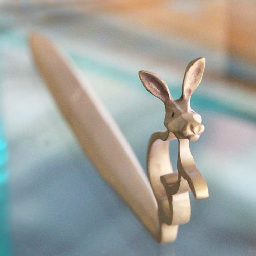 ウサギのペーパーナイフ