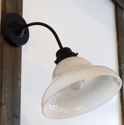後藤照明 電柱型ブラケットベルリヤ(屋内用)