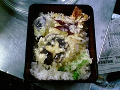 もみじの天ぷら入り天丼
