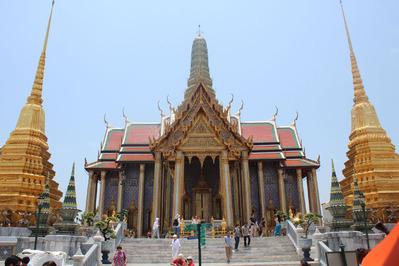 1-140420エメラルド仏寺院