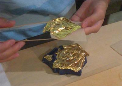 3-小学生が金箔押し体験