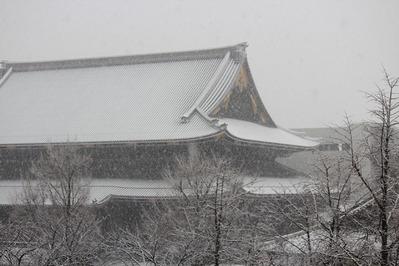 2014年2月 雪の御影堂