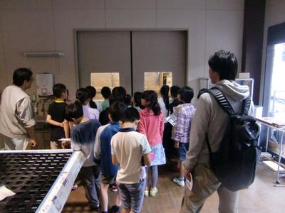 4-京都市立上高野小学校の京仏具工房見学