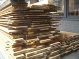 小堀京仏具工房の材木
