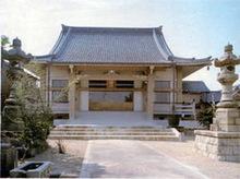 お仏壇ハッピーエンド物語のお寺様