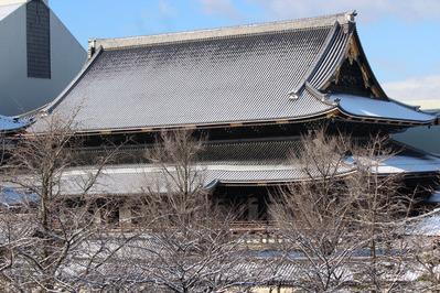 2012年2月 雪の御影堂