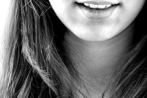 3547779528-smile-122705_1920-r0E4-1280x853-MM-100