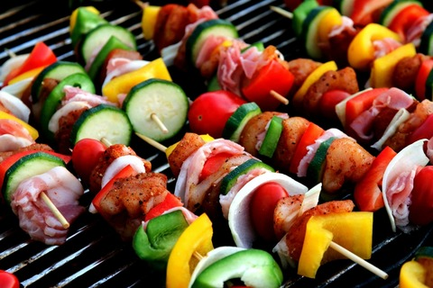 2392243786-shish-kebab-417994_1920-qxYG-1280x853-MM-100