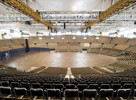 olympiahalle-muenchen-02