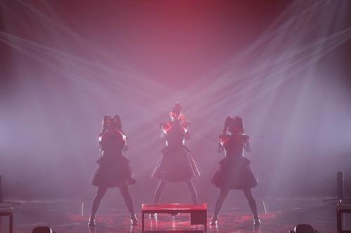 『BABYMETAL』12月に成人を迎えるSU-METALの「洗礼の儀」の開催が決定!-NME JAPAN-&-ミュージックマンネット-