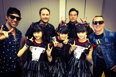 yellowcard-babymetal-2016