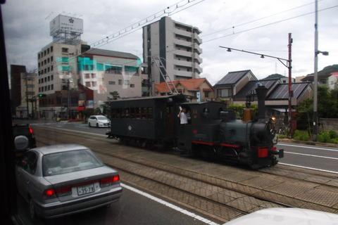 松山市の坊っちゃん列車