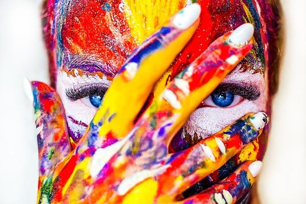 色彩感覚からの共感能力