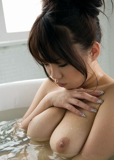 bathing_20