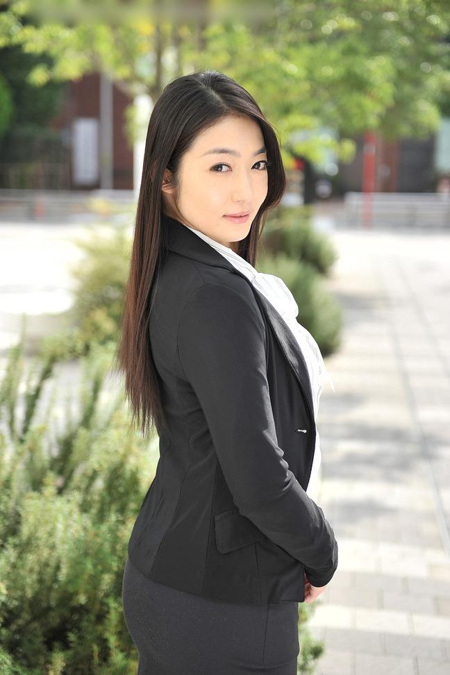 エロいい女 (24)/江波りゅうさん (1) : 0.6世紀少年の逆襲