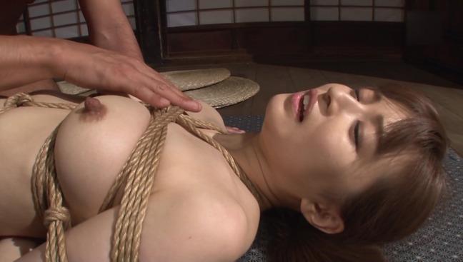 新山沙弥 緊縛 8-31