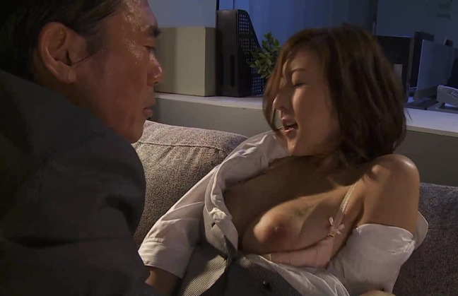 松下紗栄子 オフィス 4-31
