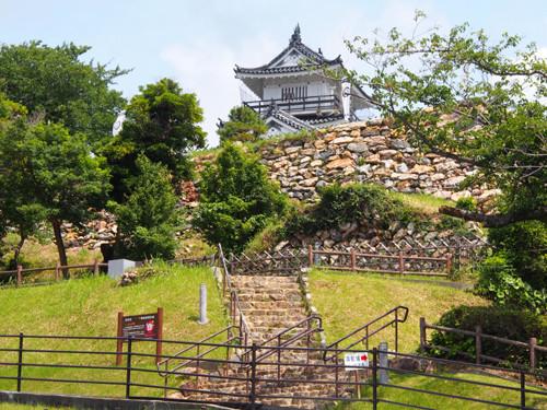 2018090802浜松市役所付近から浜松城天守閣方面の眺め