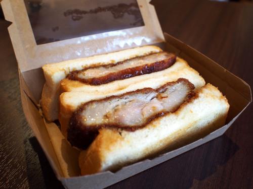 2016081104上富良野産厚切り豚ロースカツサンド