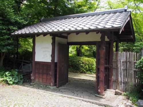 2018090813日本庭園の東門