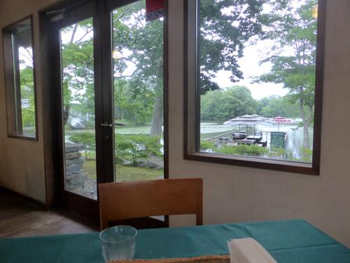 02Table De Rivageにて大沼湖の眺め