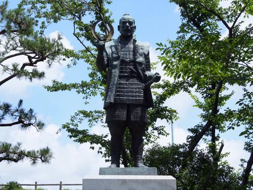 2018090812若き日の徳川家康公の像