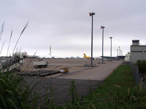 03JAL(B767)、VNL(A320)