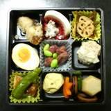 060906-1特選おつまみ弁当(上段)