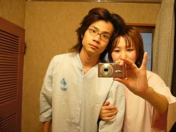 鏡を使って撮られた素人カップルたちの流出・投稿エロ画像 (7)