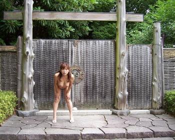 素人の野外露出画像 (30)