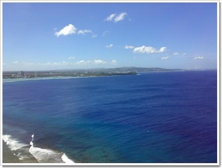恋人岬展望台からタモン湾を望む3
