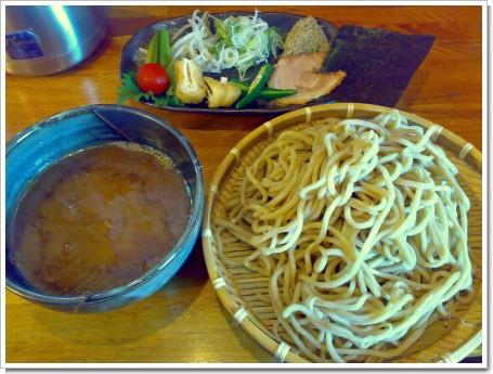 極盛臺黒麺・特魚