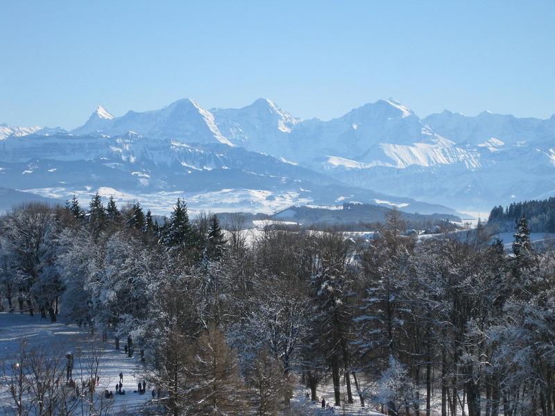 1280px-2009-01-11_View_from_Gurten_near_Berne_in_Winter_14