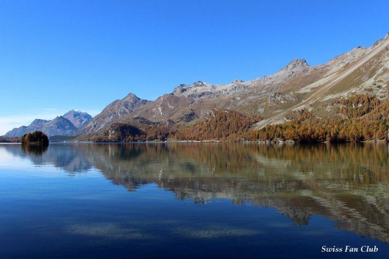 言葉を忘れるほどの美しい湖 ス...
