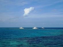 ブルーホール海上