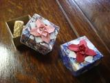10  3  7 折り紙で作ったお菓子箱