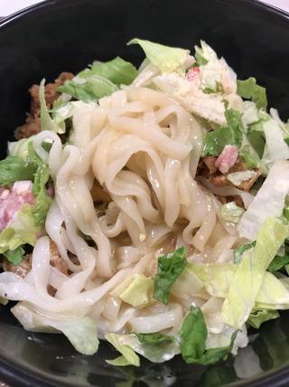 シーザーレタス牛麺