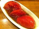 トマトの黒ゴマ和え
