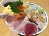三河産地魚入り海鮮丼