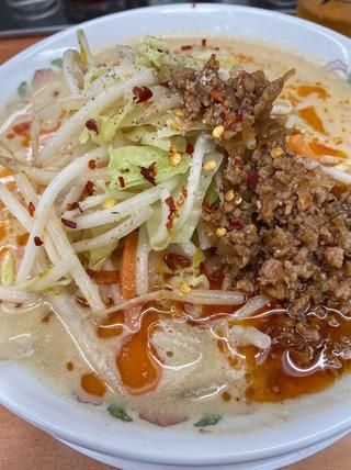 辛さ激増し野菜たっぷり担々麺