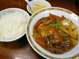 上牛肉と豆腐のオイスターソース煮込み定食