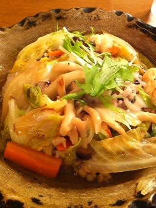 たっぷり野菜と海老の土鍋あんかけご飯