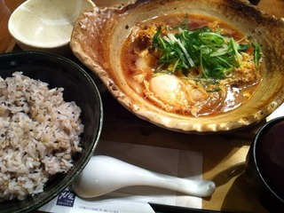 四元豚のロースかつ玉子とじ土鍋定食