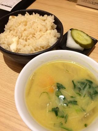 鯛飯味噌汁