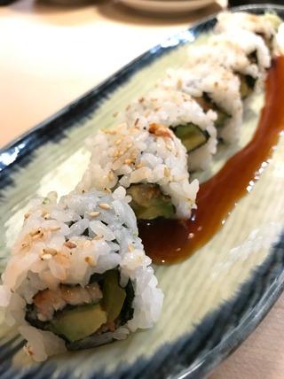 うなぎとアボガドのロール寿司