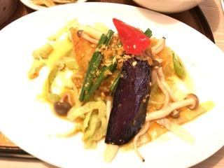 白身魚の唐揚げ野菜たっぷりソース
